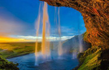 Cascada Seljalandsfoss